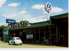 1963 VW at Lipman VW, Vernon, CT summer of 1990 (63vwdriver) Tags: ted vw vintage bug volkswagen connecticut beetle vernon dealership dealer 1963 trudon talcottville