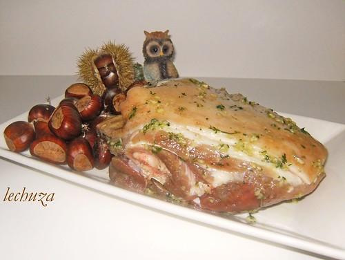 Cerdo con castañas-cruda