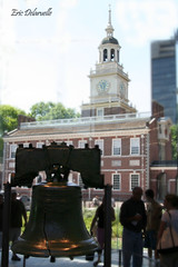 Liberty Bell and Independence Hall (The Delaruelles) Tags: harmony cooloutdoorpictures hiddentreasure photographyrocks diamondheart flickrbronze heartawards ultimategold dragonflyawards