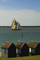 Gurnard Beach Huts (Triangles Galore) (olivr) Tags: heritage classic race yacht isleofwight solent sail beachhut regatta 2008 cowes beachhuts wight bcyc mariette gurnard classicyacht yachtrace roundtheisland thesolent classicyachtrace britishseascapes bcyccowesclassicweek bcyccowesclassicregatta