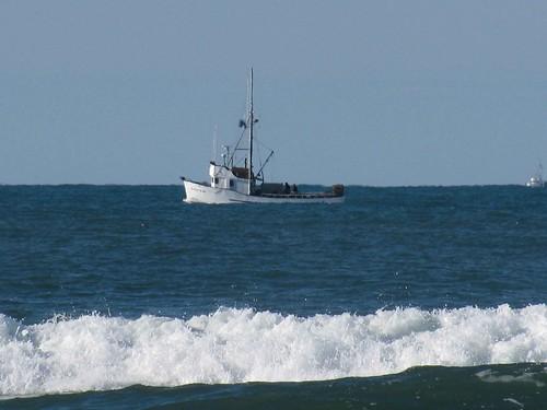 crabboatwhite