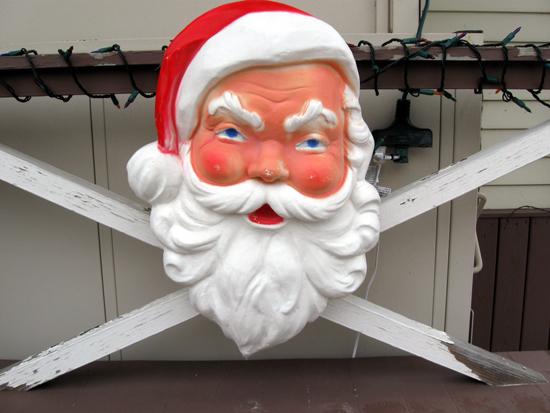 Angry Santa (Click to enlarge)