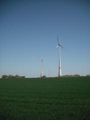 Windkraftrder (W.D. Dreyer) Tags: windrder galgenberg hohestrasse schneck windkraftrder