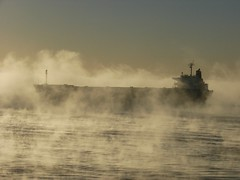 Ghostship2 (eljuliangomez) Tags: rio fog river barco ship amanecer niebla bruma