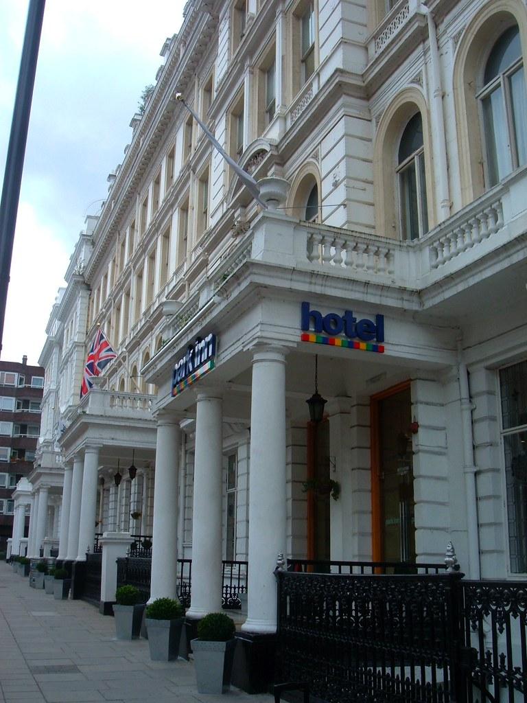 London Hyde Park Inn hotel