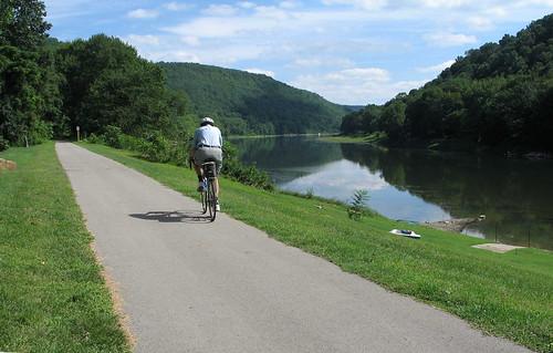 Allegheny River Rail Trail