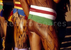 Renato Soares 05 - Mavutsinim - O ltimo Kuarup (www.renatosoares.com.br) Tags: brasil cores arte xingu ritual indios festa indigena etnias kuarup