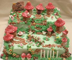 Toadstool Village Cake (Grace Stevens) Tags: birthday flowers cake pretty village capetown fairy decorating fondant buttercream gracescakes