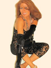 ModeloAnnie 059a (Luis Cu) Tags: woman model cue lace artcafe beautifulcapturegroup goldsealofquality digifotoproaward oletusfotos amongstthethorns globalworldawards monkeyawards newworldglobalaward artcafedomidoexhibitionscomein