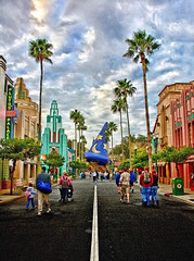 Disney - A Look Down Hollywood BLVD In HDR (Express Monorail) Tags: street morning travel walter vac