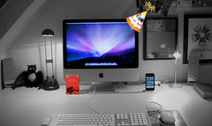 iAm 1 Today... (purplelime) Tags: birthday apple imac 1yr core2duo