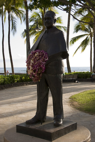 Prince Kuhio Statue at Waikiki Beach