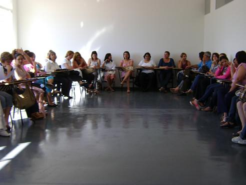 foto de uma roda de conversa no curso de humanização na atenção básica em Várzea Paulista
