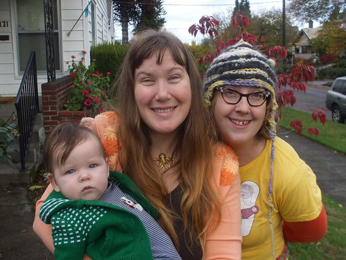 Pearl, Susan, and Jessica not getting rained on!