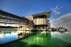 Oceanrio de Lisboa (5ERG10) Tags: reflection building portugal water sergio architecture photoshop aquarium mirror nikon expo lisboa lisbon handheld architettura hdr highdynamicrange oceanarium lisbona portogallo oceanario d300 3xp photomatix sigma1020 amiti 5erg10 sergioamiti