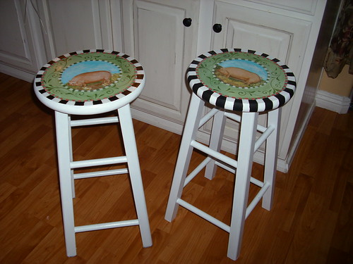French Country Pig Bar Stools