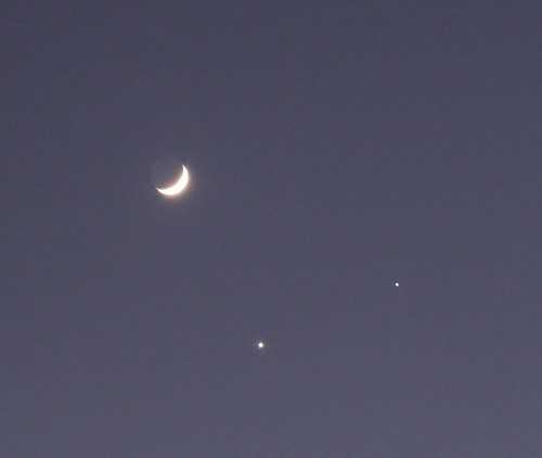 Moon-Venus-Jupiter Conjunction 2, 1 Dec. 2008