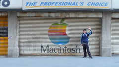 Macintosh Store (Alejandro Castro) Tags: old city winter portrait urban color me apple macintosh geotagged mexico fun photography photo store mac rust df december day foto technology image retrato yo edificio ciudad dia oxido panasonic tienda invierno urbano fotografia 2008 viejo martinez imagen  diciembre ciudaddemexico tecnologia bulding distritofederal diversion oxidado oxide alejandrocastro geoetiquetado dmctz5 alejandrocastromartinez