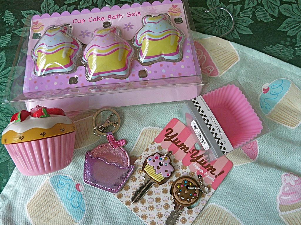Cupcake Christmas Pressies !
