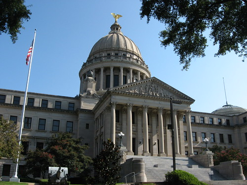 Mississippi State Capitol (Photo: Ken Lund, flickr)