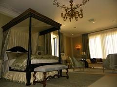 Master Bedroom - Julie Kays Design, Inc.