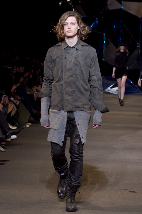Christopher Rayner3074_FW10_JFW_DIESEL BLACK GOLD(Fashionsnap)