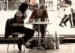 studying or chatting? (*magma*) Tags: girls london students coffee backlight bar south bob bank study talking caff controluce ragazze