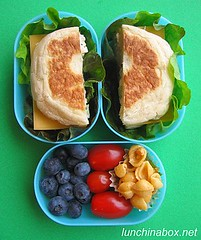 English muffin sandwich bento lunch for prechooler