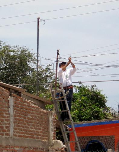 Tel-Mex phone guy installs line