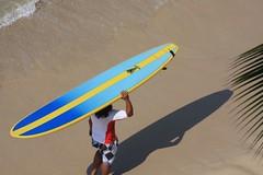 surfer, waikiki, honolulu, hawaii (www.bluewaikiki.com) Tags: hawaii surf waikiki oahu surfer board surfing honolulu bluewaikiki bwdesign
