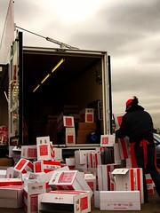 Truck avalanche (Perchas) Tags: mark hamburg mercado rastro