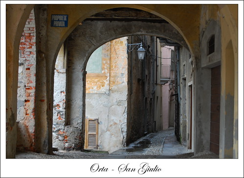 .Orta S. Giulio © photos by gabriele dell'era