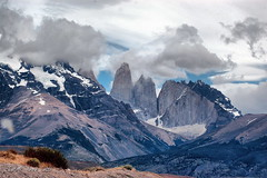 Torres del Paine (Tati@) Tags: chile parco mountain nature beautiful that landscape id taken natura damn torresdelpaine wish cile paesaggi montagna soe cubism paek wildness naturesfinest blueribbonwinner supershot i platinumphoto anawesomeshot impressedbeauty aplusphoto goldstaraward worldwidelandscapes multimegashot absolutelystunningscapes rubyphotographer damniwishidtakenthat panoramafotogrfico