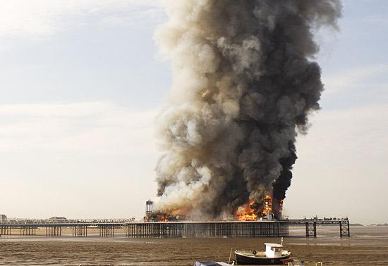 Pier w ogniu