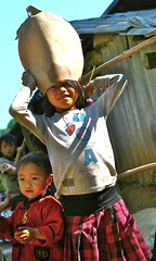 IMG_0827 (GigoloArt) Tags: girls girl hat asian vietnamese vietnam tribe cutegirl sapa