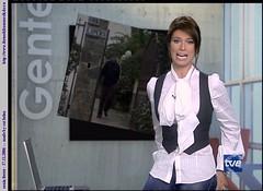 White__Sonia_Ferrer__20061117__06477_catheinz_soniaferrer_171106_010_122_325lo (tuxedoDE) Tags: blouse tieneck