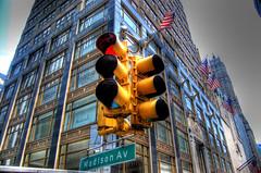 Madison Ave Stoplight