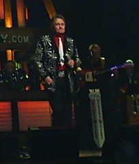 Whisperin' Bill Anderson and his loud, loud jacket (anniekate) Tags: bill nashville tennessee grand ole opry august anderson conference network 2008 whisperin tessitura