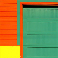 Mellow Yellow~ (Dominique Guillochon) Tags: california door wood red usa abstract green beach colors yellow wall unitedstates sandiego couleurs beachlife pb minimal pacificbeach minimalism minimalistic californiacoast colourartaward