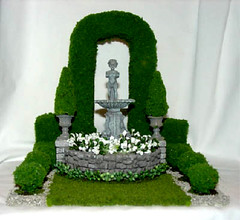 Miniature Formal Garden, 1/12 Scale, Dollhouse (Golden Unicorn Miniatures) Tags: flowers plants fountain statue garden landscape miniatures miniature topiary florals bushes dollhouse dollshouse onetwelfthscale cdhm goldenunicornminis