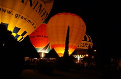 """Night Glow"" (Karyatis) Tags: light hot colour portugal night fire lisboa lisbon air balloon hotairballoon nightglow karyatis"