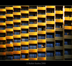 I am in the balcony.... (*atrium09) Tags: light españa architecture lomo spain arquitectura balcony balcon torremolinos atrium09 rubenseabra