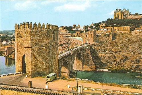 Puente de San Martín y Puerta de San Martín antes de su demolición en 1967