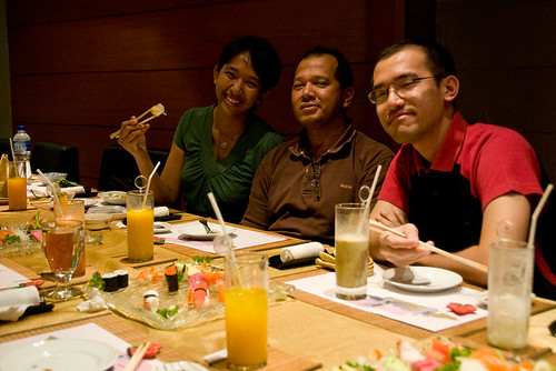 Nova, Sarifuddin and Kwong (Christmas 2008)