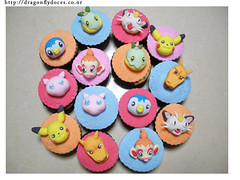 Pokemon Cupcake Set (Dragonfly Doces) Tags: cupcakes pikachu pokemon monsters pocket mew meowth charizard turtwig piplup chimchar