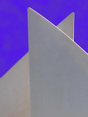 BAHRAIN 3 (Irene2727) Tags: fab white abstract monument bahrain searchthebest best soe bestofthebest otw bej passionphotography fineartphotos abigfave platinumphoto nikond40 anawesomeshot ultimateshot citrit theunforgettablepictures proudshopper goldstaraward overtheshot damniwishidtakenthat goldenheartaward paololivornosfriends reflectyourworld artofimages novavitanewlife