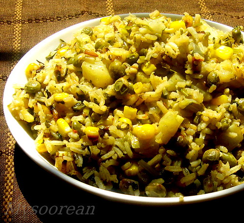 Pulao with Tuvar Lilva, Corn and Methi