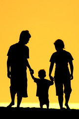 keluarga (Farl) Tags: travel family sunset bali colors silhouette yellow indonesia gold afternoon shadows child action father mother keluarga presunset canggu tibubeneng banyupinaruh