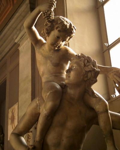 Vino y escultura