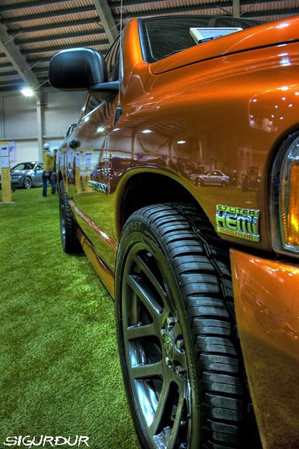 auto show car canon eos 22 dodge hemi burnout daytona ram rims 2008 1500 hdr 57 magnum spoiler sýning 400d bílasýning kvartmíluklúbburinn bíla hvartmíla